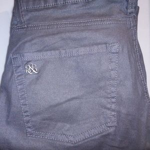ROCK REPUBLIC WOMEN'S SKINNY GREY PANTS.SIZE 8